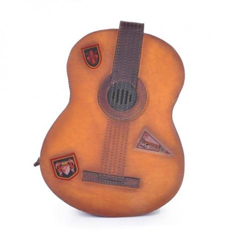 http://officina66.pl/images/Pratesi/LineaBruce/Plecakizeskory/Chitarra434/guitar_BCO_jHqSzfn7C2pJ_large.jpg