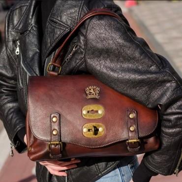 "Leather Lady bag ""Castell'Azzara"" B162-P"