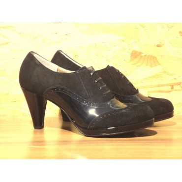 """Leather Women's shoes """"Iside"""""""